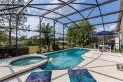 4 bedroom South Facing Pool to Rent near Disney in Orlando Florida