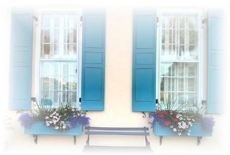 Charleston home with blue shutters in downtown Charleston SC