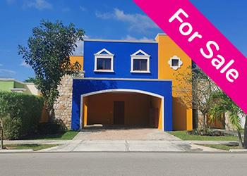 Spectacular Colonial House North of Merida