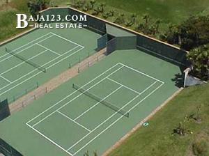 Club Marena Tennis courts