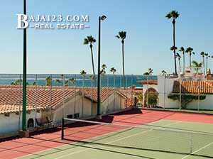 Las Gaviotas Tennis Court
