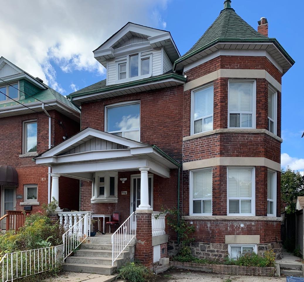 11 Alhambra Ave, High Park