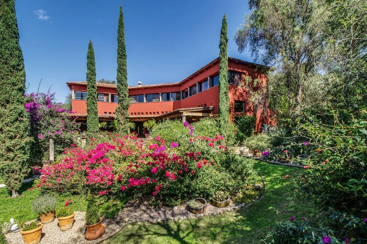 Agave Real Estate San Miguel de Allende - Beautiful gard home