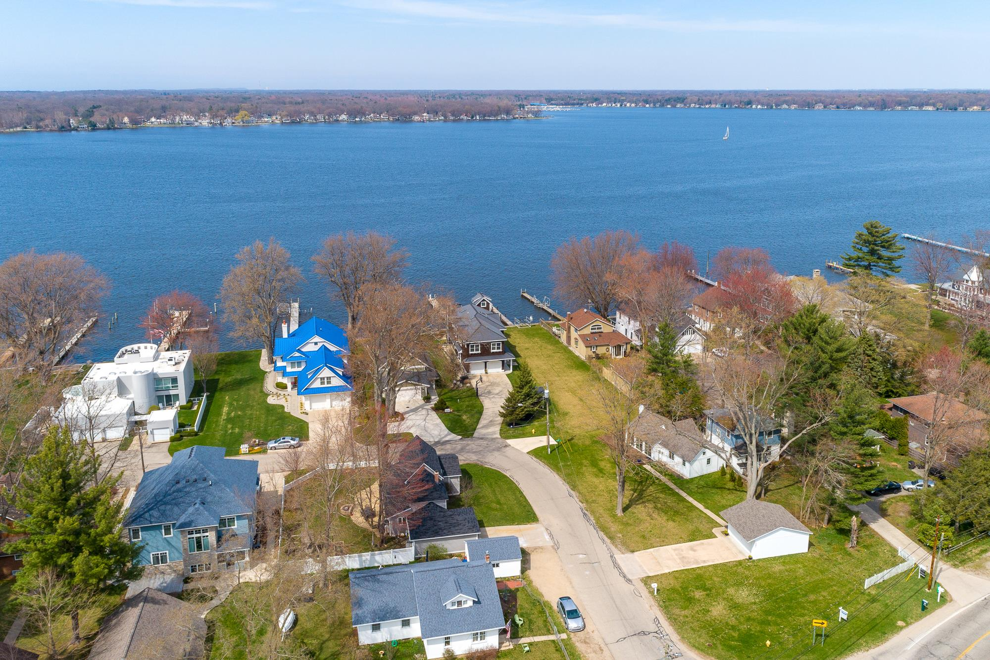 Lake Macatawa Homes for sale