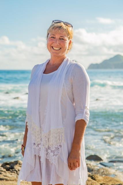 East Cape Agent, Emma Nicholson