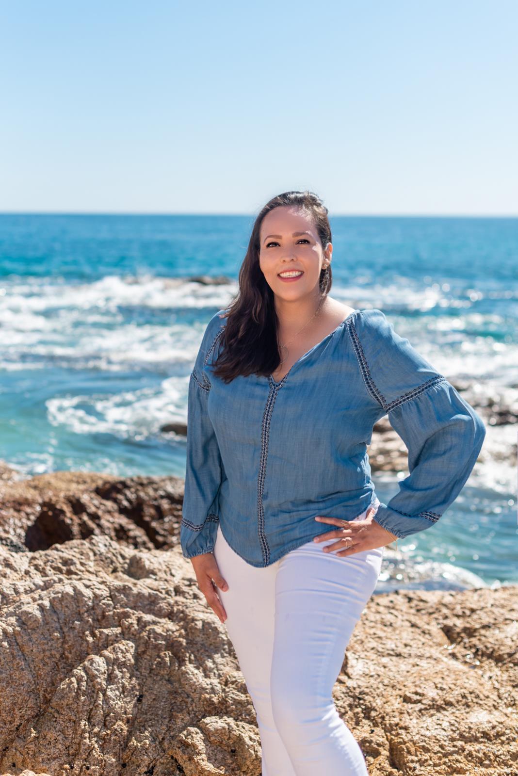 Los Cabos Agent, Rebeca Curiel