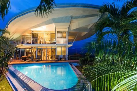 Manuel Antonio Luxury HomeS fOR sALE c.r.r.v.p.