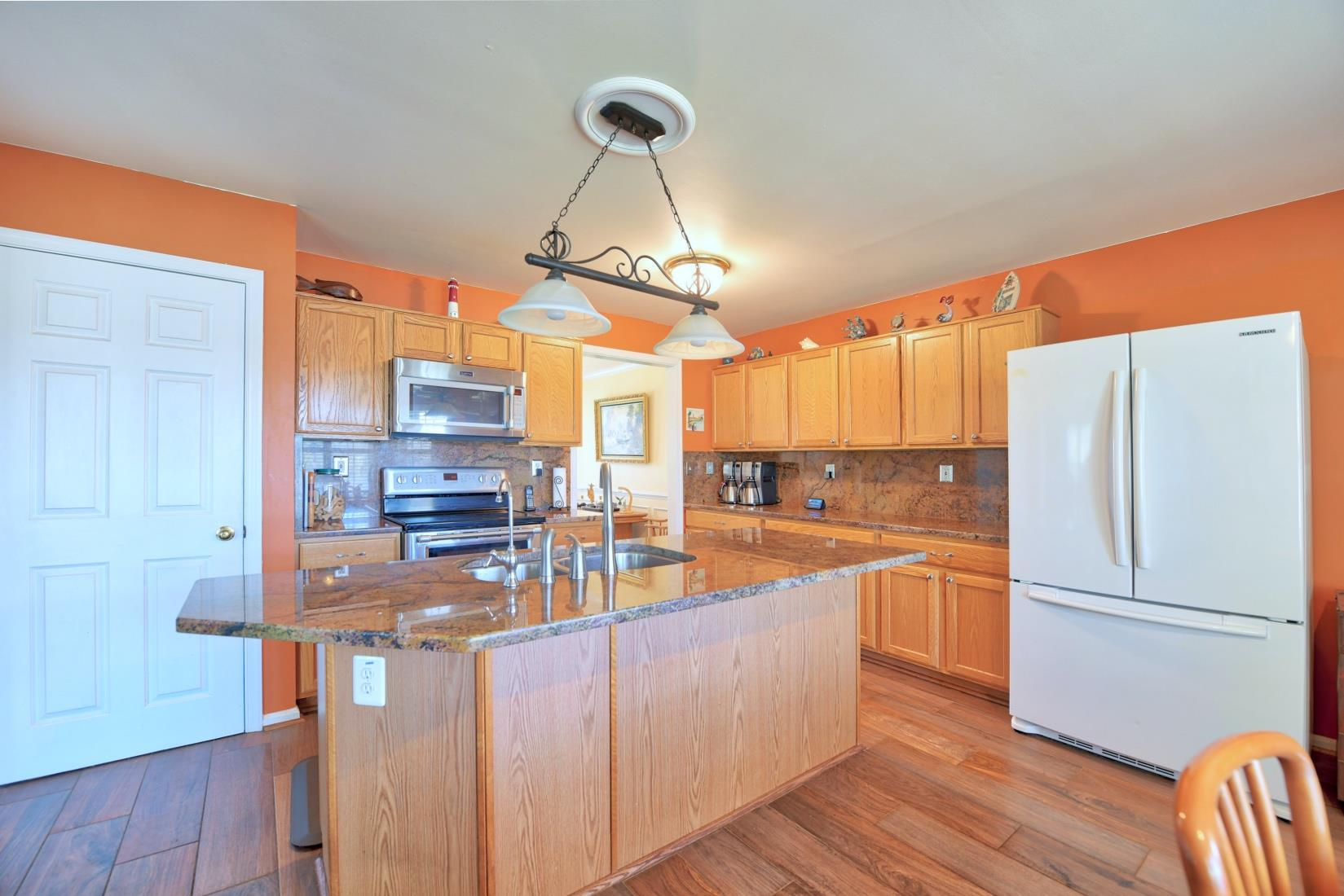 20955 Oakland Hall Road / Avenue MD / St Marys County Waterfront - Kitchen