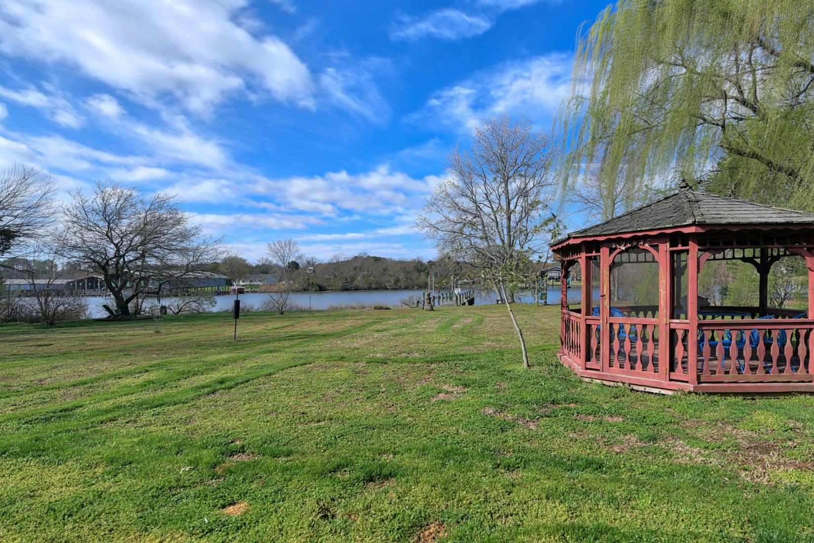 20955 Oakland Hall Road / Avenue MD / St Marys County Waterfront - Back Yard with Beautiful Views!