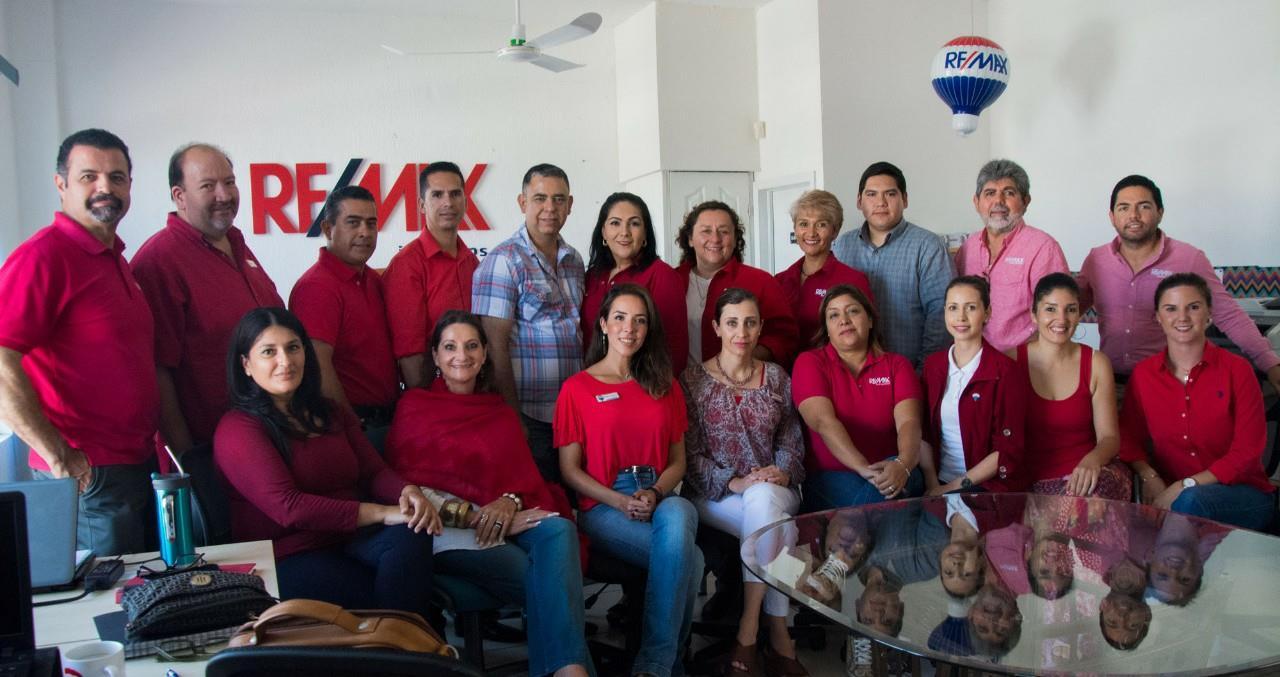 Team_REMAX_in_Ensenada_and_Tijuana