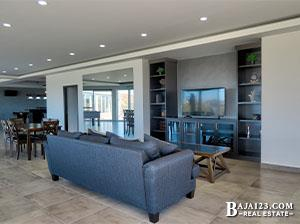 La Jolla Excellence Living Room