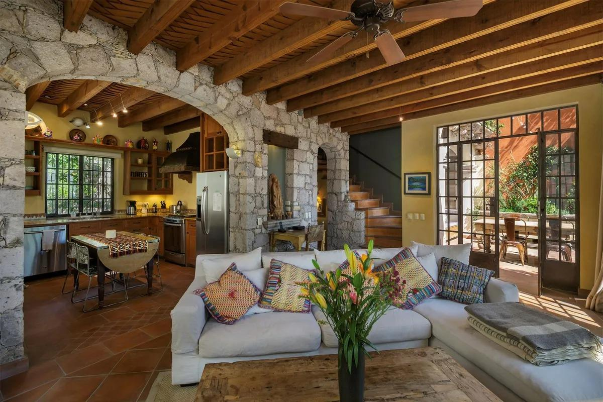 Agave Real Estate San Miguel de Allende - Luxury interior home