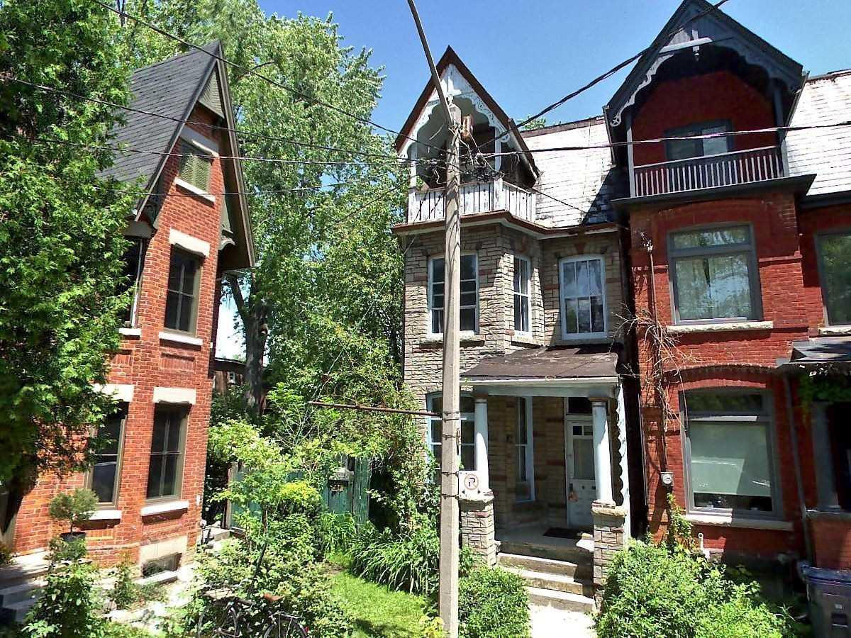 Roncesvales homes for sale