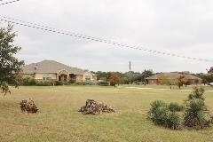 Wide spaces and lots of room in Oak Forest Buda