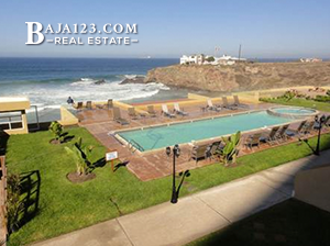 Oceanfront Pool at La Jolla Real