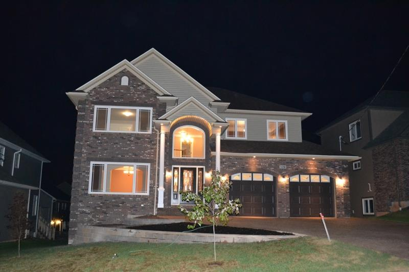 New home built by Countersink Construction on Pebblecreek Cr in Portland Hills