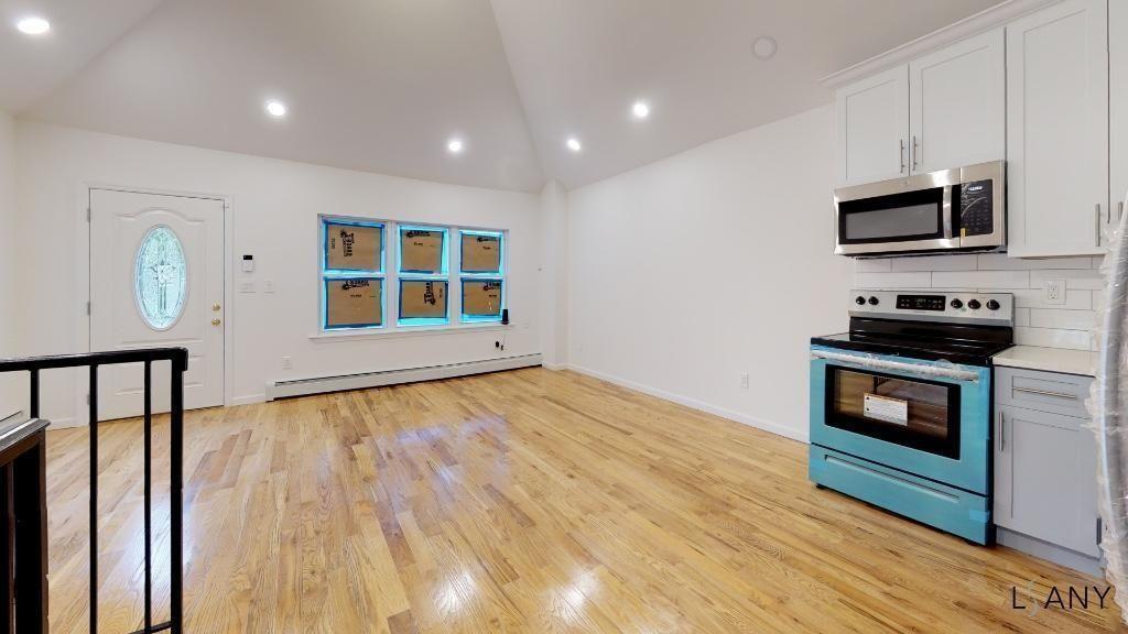2827 Miles Avenue Bronx NY 10463