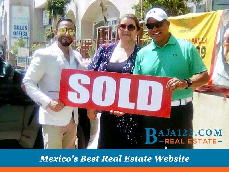 Celebrating clients' new purchase at La Jolla del mar