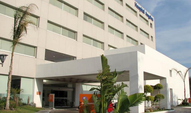 HEALTHCARE, DOCTORS, DENTISTS & HOSPITALS IN MEXICO