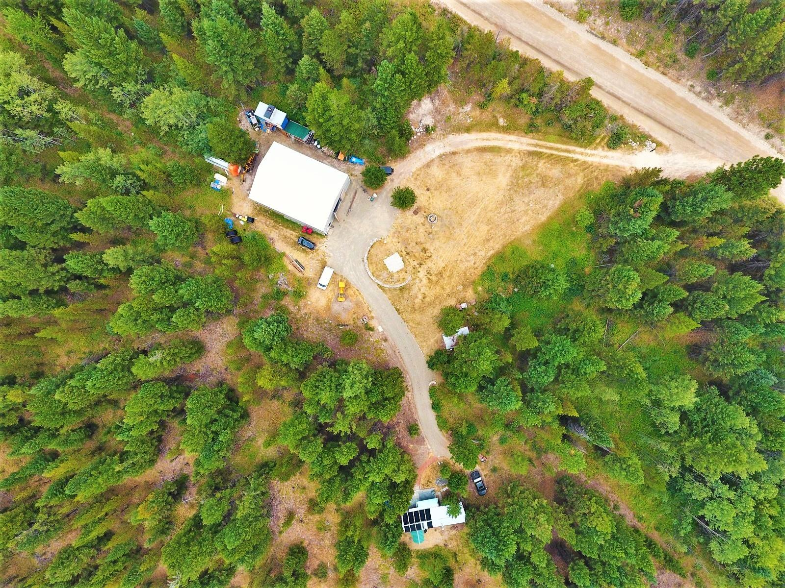 145+ Creekfront Acres! 56x42 Insulated and Wired Shop!
