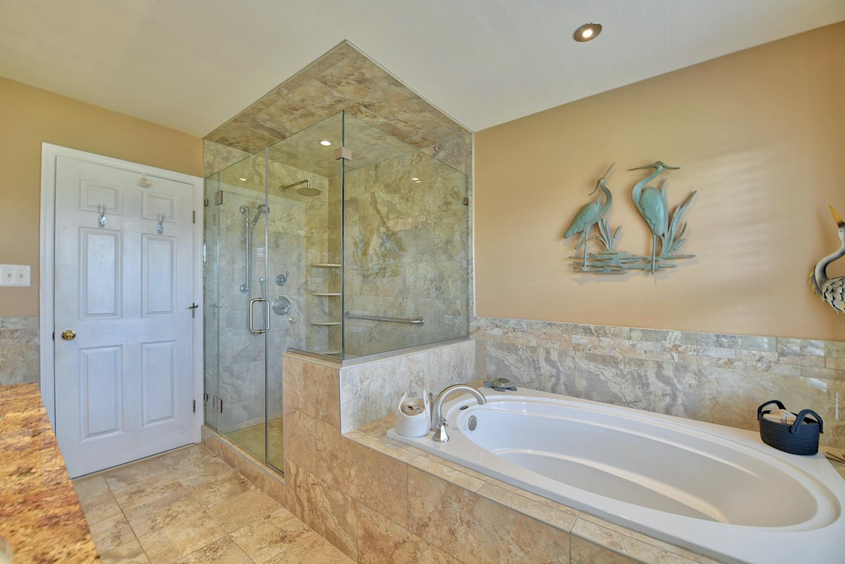 20955 Oakland Hall Road / Avenue MD / St Marys County Waterfront - Beautiful Master Bath!
