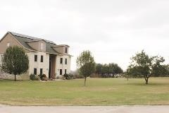 A view of more homes in Oak Forest Buda