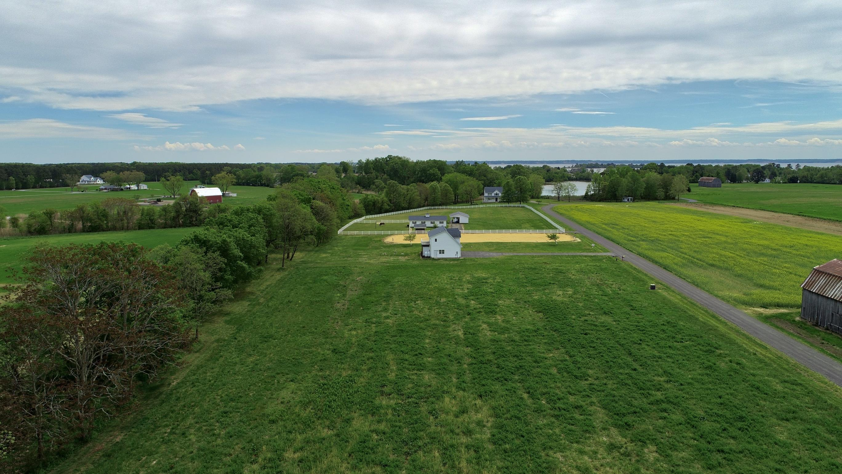 21581 Montfort Rd is a fabulous waterfront horse property for sale in Saint Maryland County MD.  This great waterfront property can be yours!  Call Marie lally with o'brien realtor of Southern maryland to schedule your home tour today!