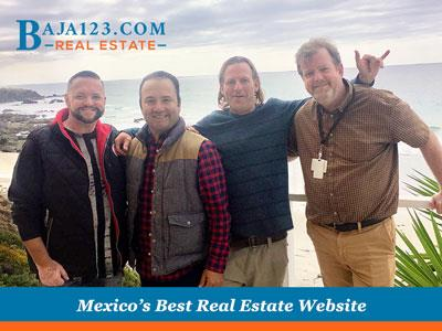 Happy Buyers and Sellers at Mar de Coral!