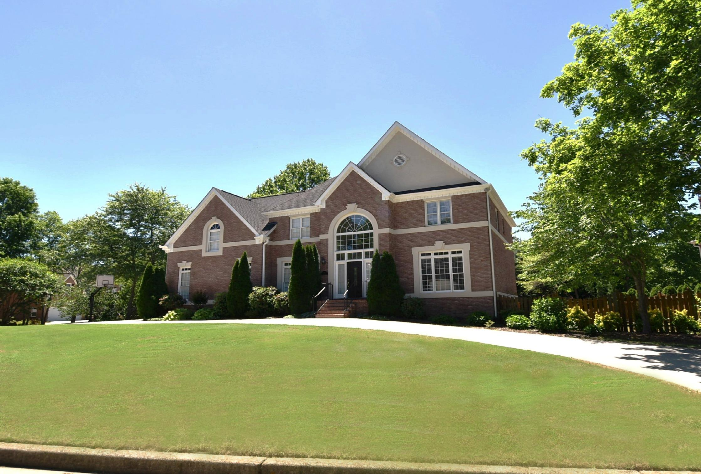 Tuxford brick with in-law suite Chattahoochee High