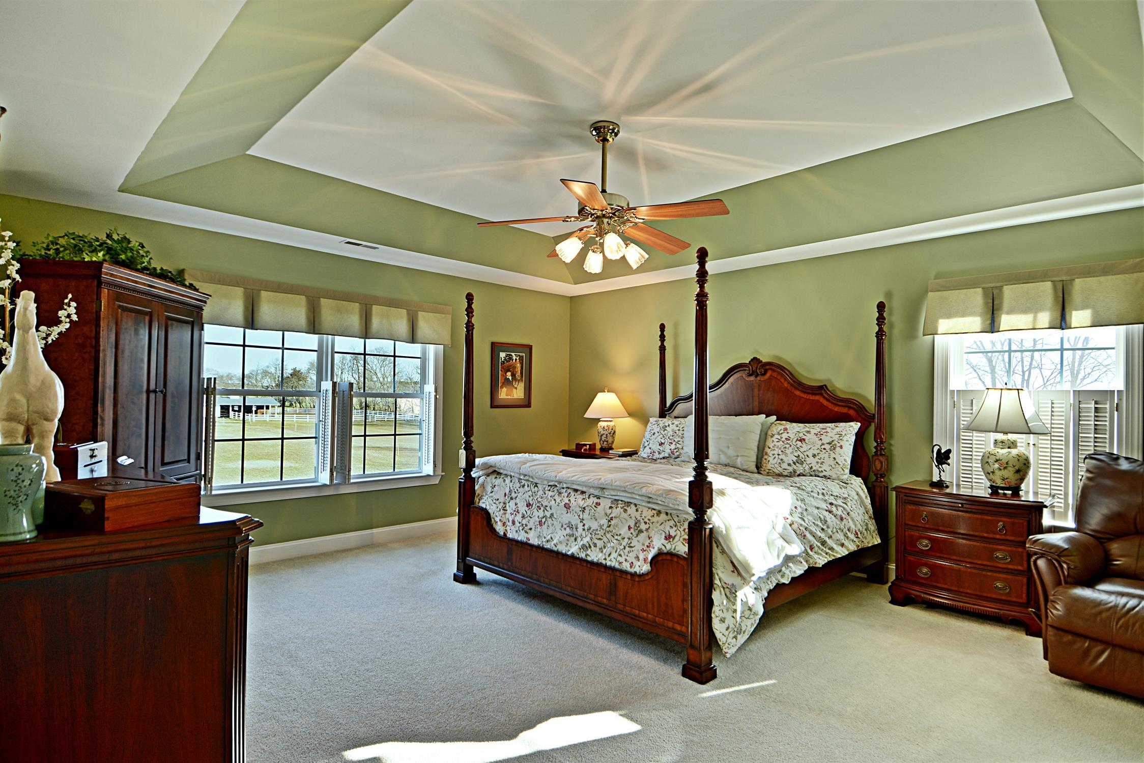Fabulous Master suite!  21581 Montfort Rd in Bushwood Maryland - this beautiful waterfront horse farm is gorgeous!  Call Marie Lally, specializing in waterfront homes and horse farms in Southern Maryland to schedule your showing today!
