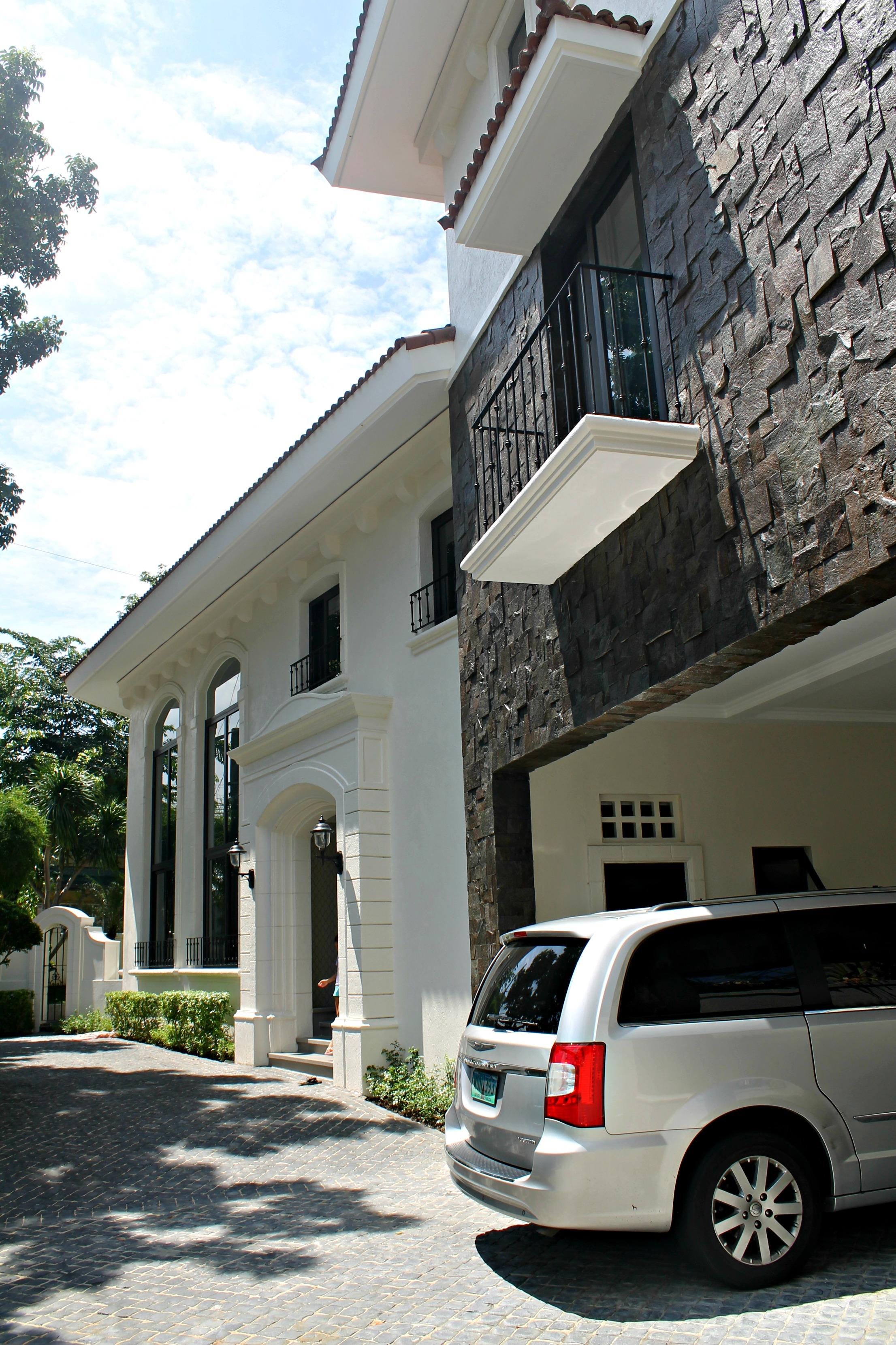 PRICE CALL US AYALA ALABANG HOUSE FOR SALE STYLE Modern Contemporary House FEATURES Narra Parqet Flooring Italian Tiled Ceiling To Floor Glass