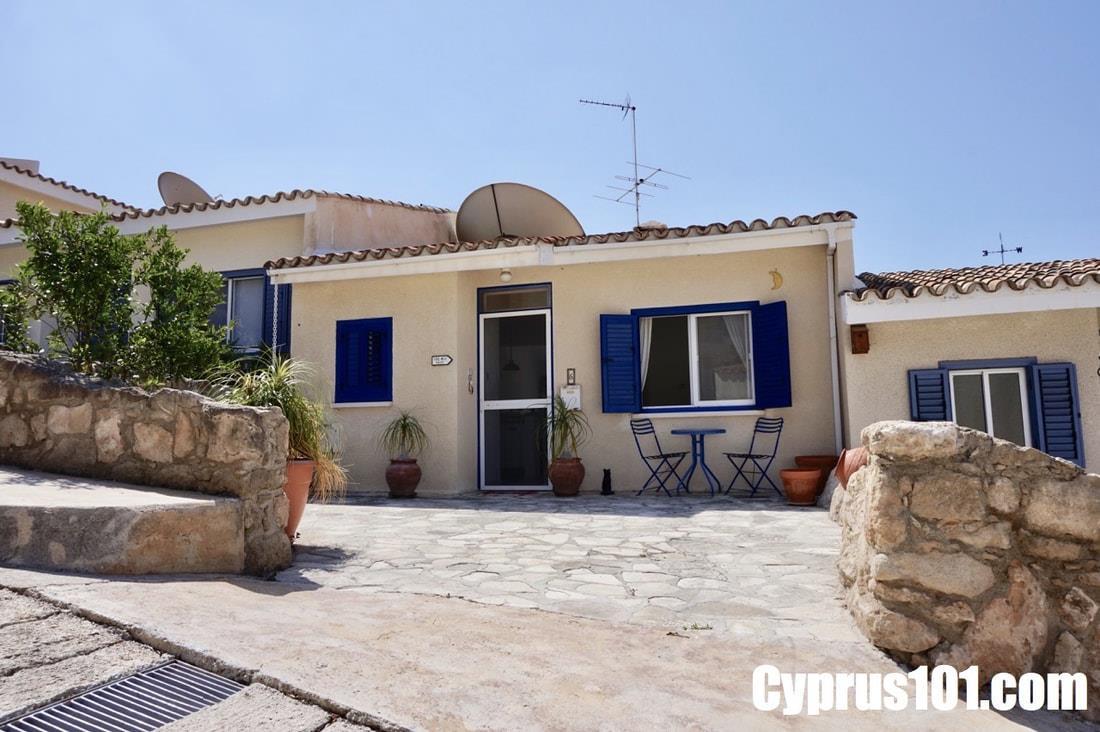 Chloraka-Bungalow-Sold-Paphos-Cyprus