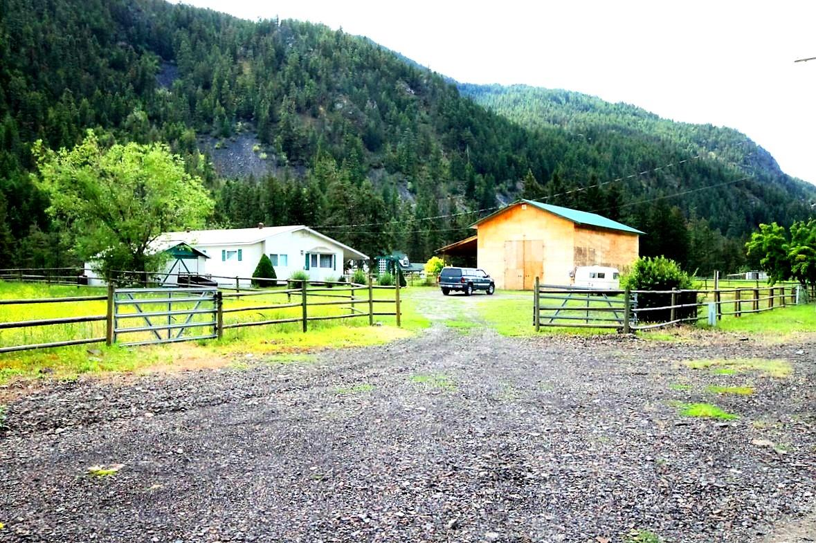 http://www.princetonbcrealestateforsale.com/Princeton/Homes/166812/Edge_of_Town/Agent/Listing_204557046.html