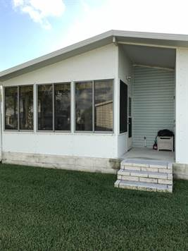 6500 Spanish Lakes Blvd Fort Pierce Florida For Sale By