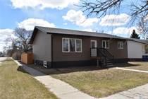 Homes for Sale in Davidson, Saskatchewan $304,500