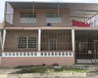 Multifamily Dwellings for Sale in Caparra Terrace, San Juan, Puerto Rico $179,000
