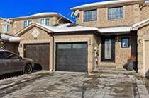 Homes for Sale in Barrie, Ontario $459,000