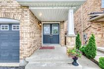 Homes for Sale in Hurontario/ Eglinton, Mississauga, Ontario $1,089,000