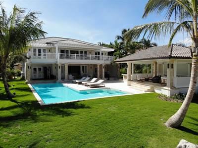 Punta Cana Luxury Villa For Sale   Tortuga D-9  Punta Cana Resort & Club