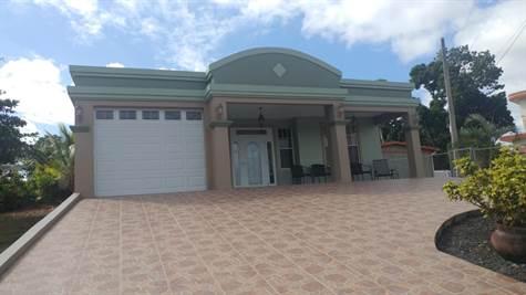 Home for Sale in Bo  Cerro Gordo, Moca, Puerto Rico $163,000