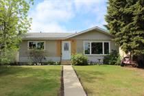 Homes for Sale in Mundare, Alberta $228,844