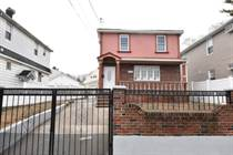Multifamily Dwellings for Sale in Springfield Gardens, New York City, New York $979,000