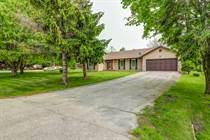 Homes for Sale in Leslie/Mt Albert, Mt Albert, Ontario $799,000