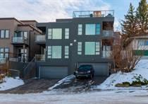 Homes for Sale in South Calgary, Calgary, Alberta $975,000