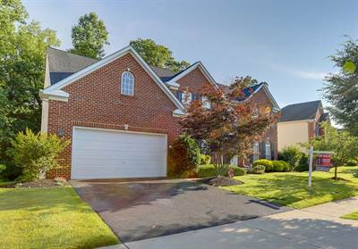 808 Queens Park Dr, Owings Mills, MD 21117