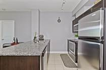 Condos for Sale in Hurontario/Burnhamthorpe, Mississauga, Ontario $399,900