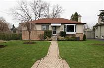 Homes Sold in Oakville, Ontario $889,000