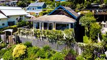 Homes Sold in The Bay Area, Gibsons, British Columbia $875,000