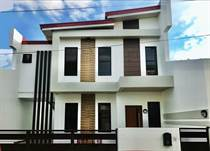 Homes for Sale in Katarungan Village, Muntinlupa City, Metro Manila ₱89,000,000