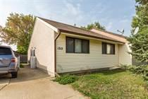 Homes for Sale in Lethbridge, Alberta $192,900